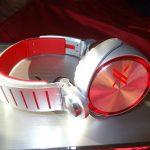 Sony Electronics - Headphones - MDRX10 side view - ear piece