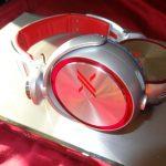 Sony Electronics - Headphones - MDRX10 side view - ear piece 1