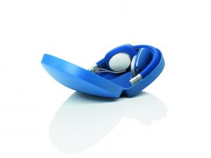 BowersWilkins-P3Blue-Case-2