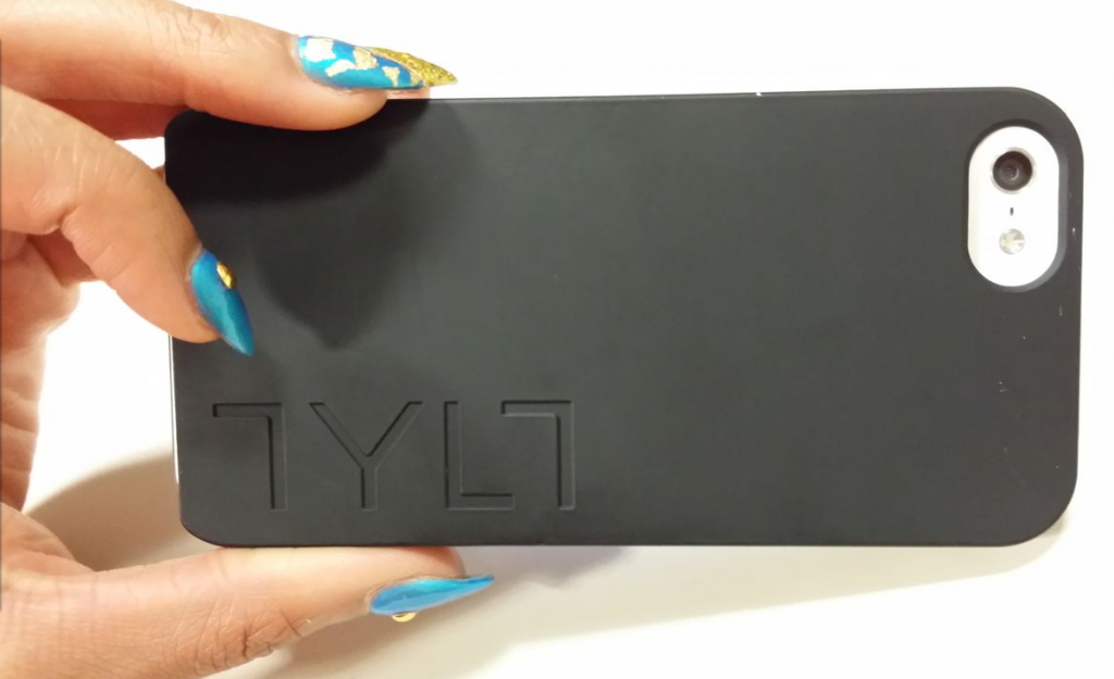 TYLT Energi Sliding Power Case Review iPhone 5 5S and Cases G Style Magazine- back of iphone- tylt logo