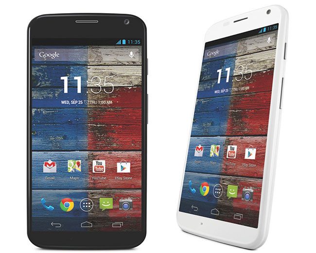 motorola-moto-x-phone- Holiday-Gift-Guide-Smartphones - Analie-Cruz