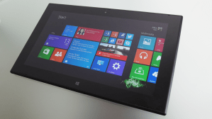 Lumia 2520 Black - Nokia Lumia 2520 : Windows 8 Tablet Review  Design