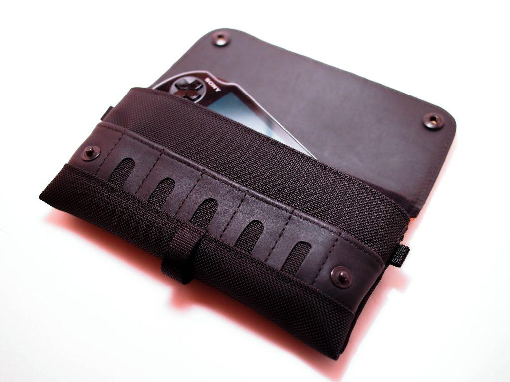 PS Vita CitySlicker Case - Waterfield Designs