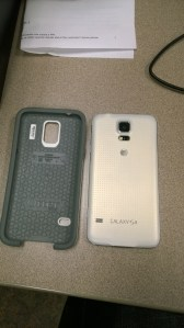 Samsung Galaxy S5 -Otterbox Symmetry Case  (3)