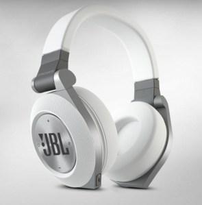 JBL Synchros E50BT Bluetooth Headphones - e50bt_01