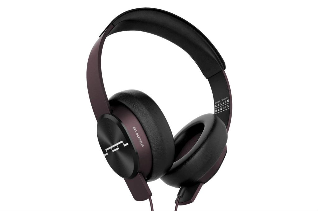 Top Headphones Holiday Gift Guide (3)