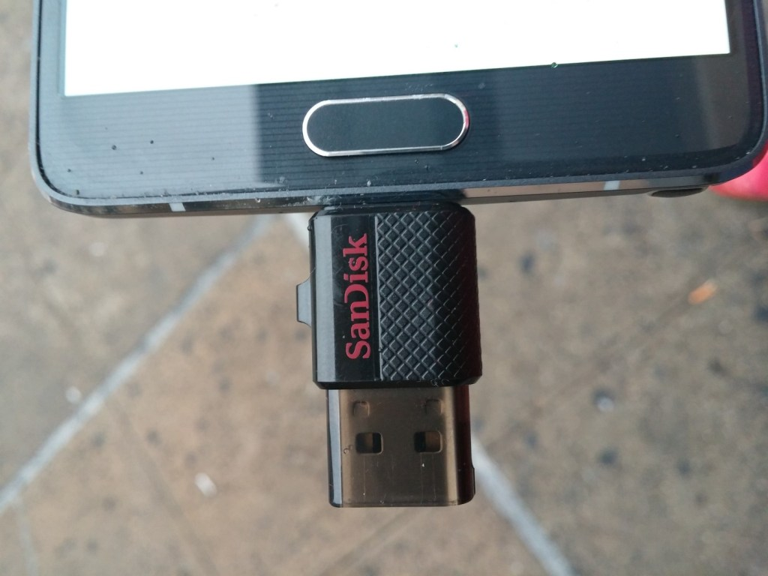 Sandisk Ultra Dual USB Drive  (4)