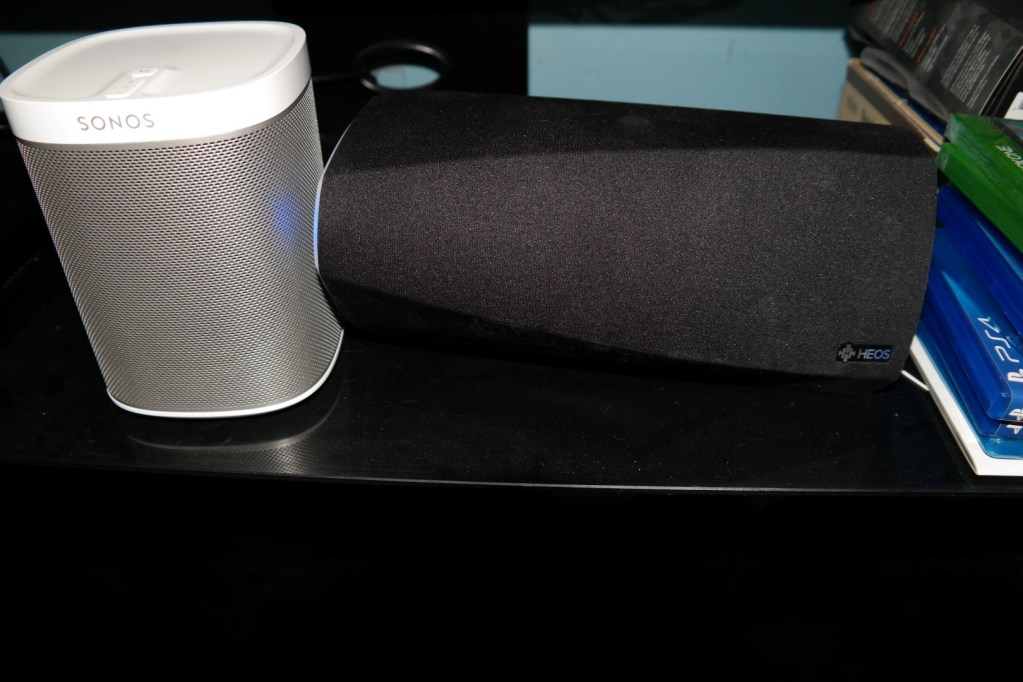 Sonos Play 1 vs Denon HEOS 3