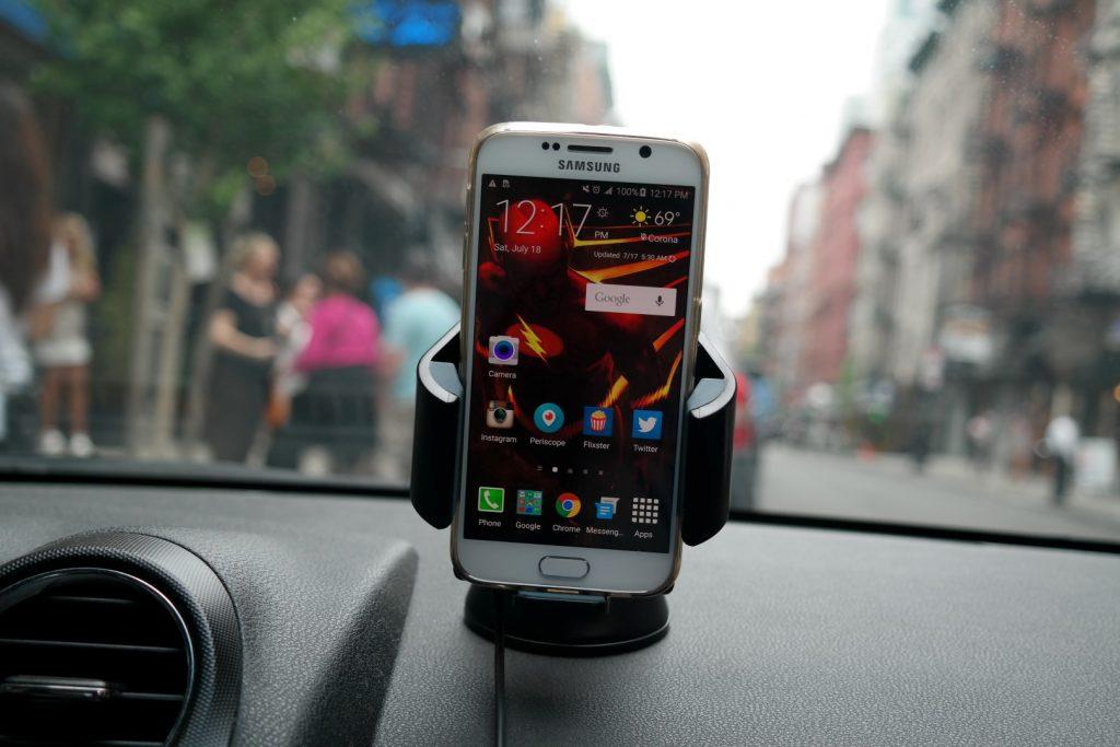 Tylt Vu Wireless Charging Car Mount