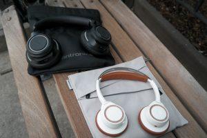Plantronic-Backbeat-PRO-vs-Backbeat-SENSE-Headphones 9