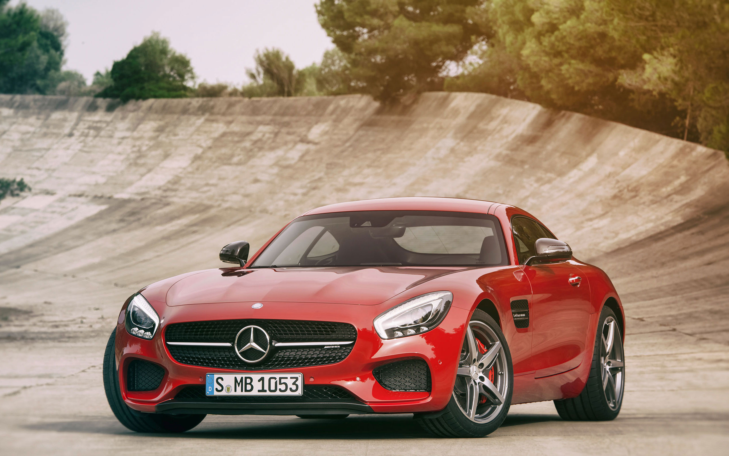 2015-AMG_GT-FUTURE-GALLERY-016-WR-D