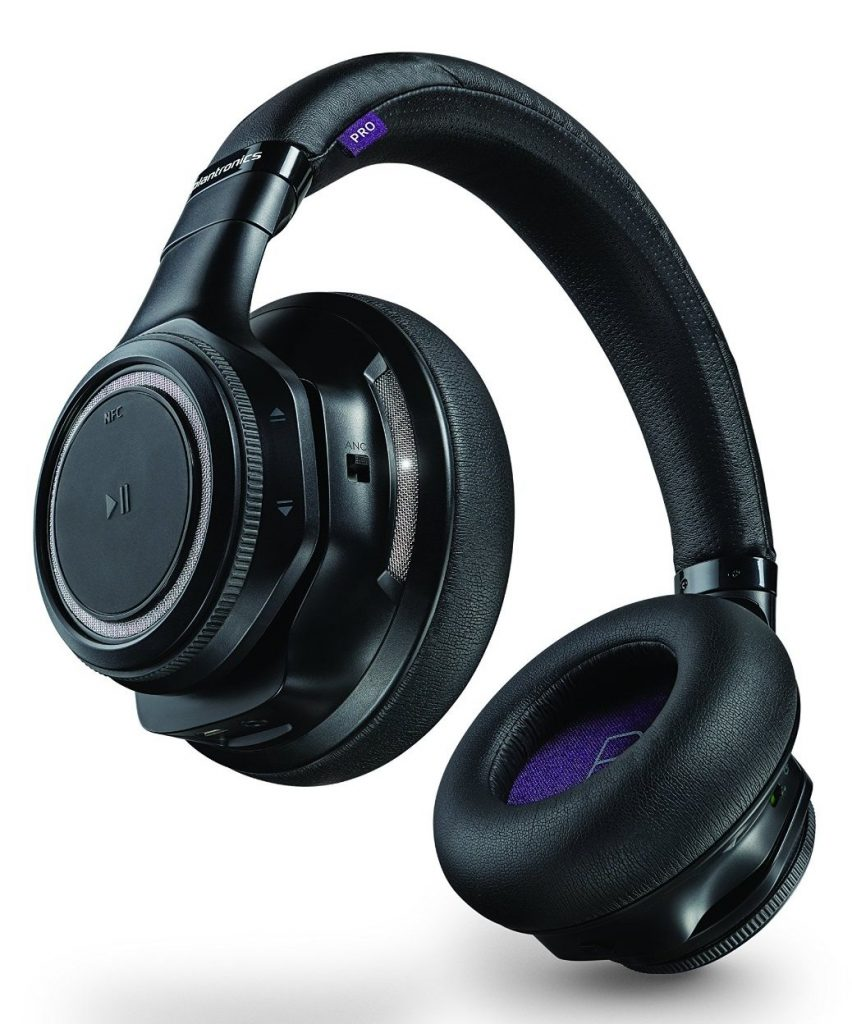Plantronics-BackBeat-PRO-Bluetooth-Headphones-Angled-Analie-Cruz - top gadgets gifts holiday