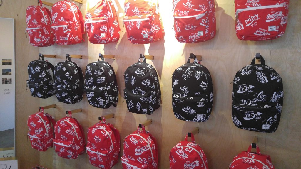 Herschel Supply X Coca Cola (2)