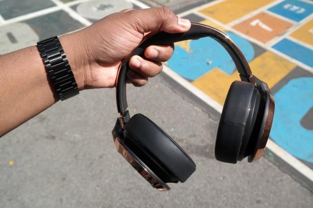 Monster 24K Headphones Rose Gold in Hand 5