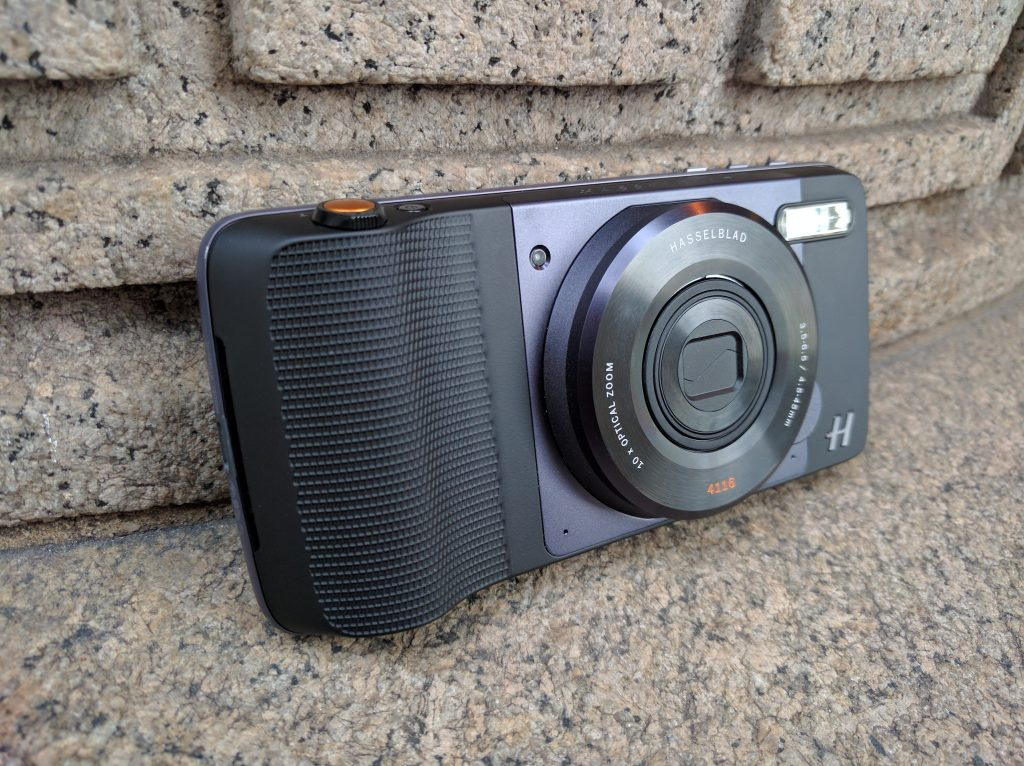 Moto Mods Hasselblad True Zoom Lens (4)