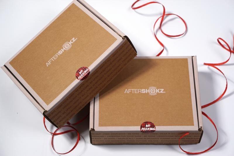 aftershokz-shokz-box-tj-jordan-g-style-magazine-holiday-gift-guide