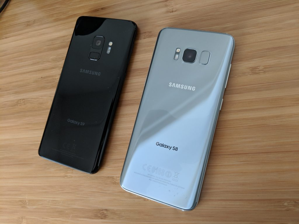 Samsung Galaxy S8 vs Samsung Galaxy S9 Back