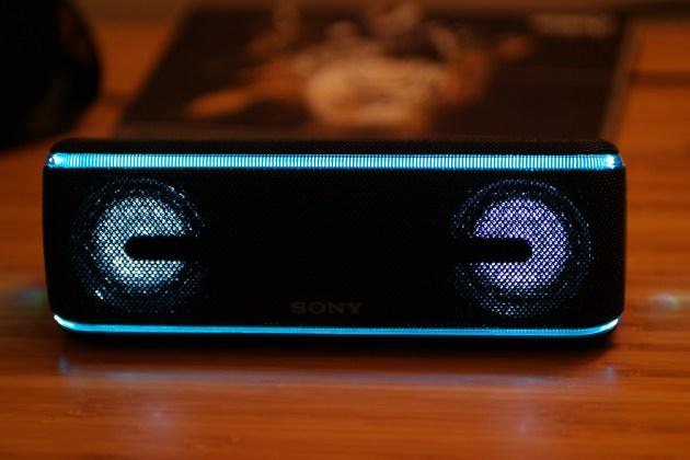 Sony SRS XB41 Speaker Lights 2