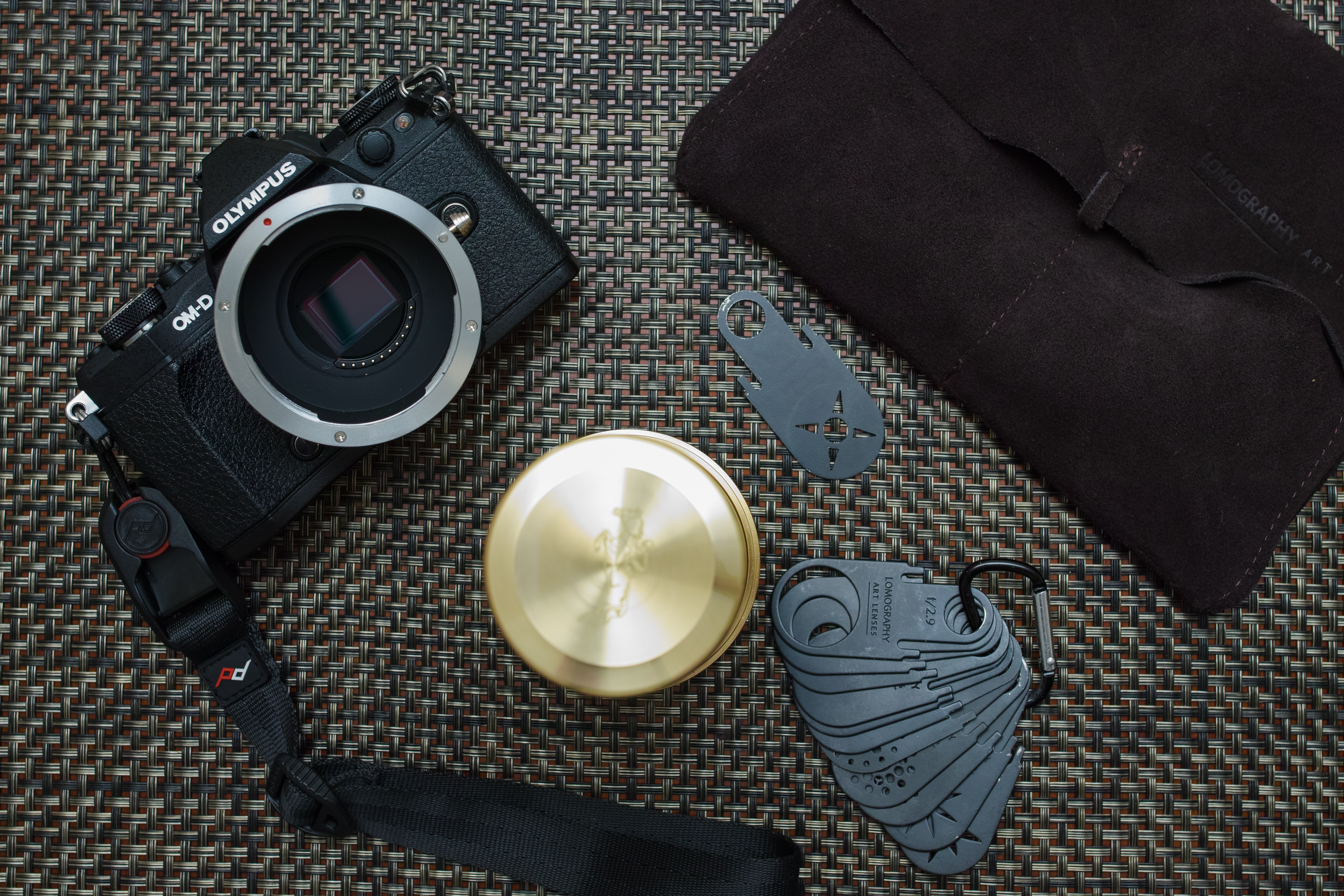 Lomography Daguerreotype Achromat 29-64 Lay Flat