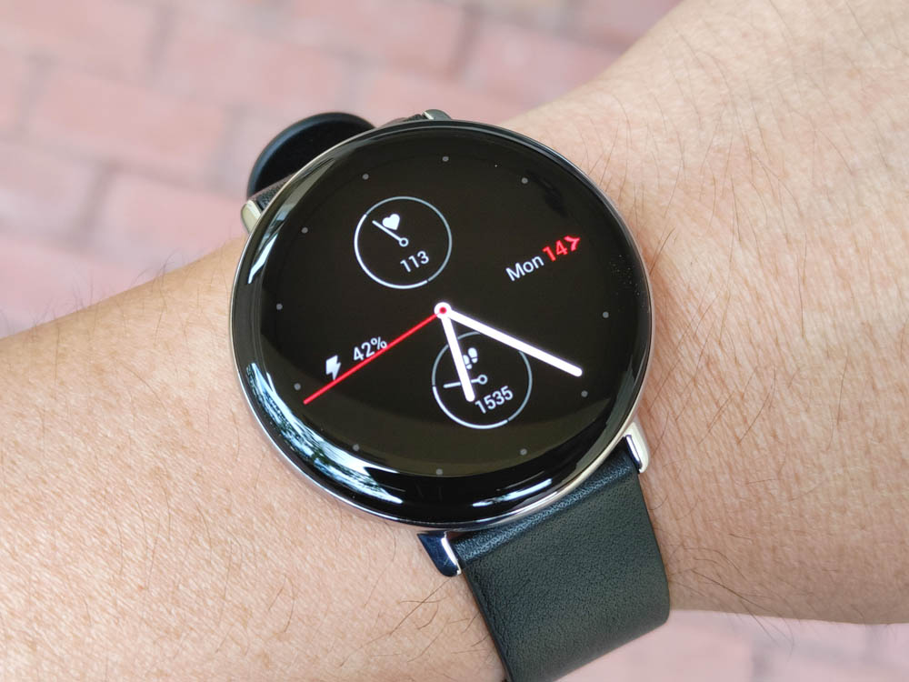 Zepp E is an Ultra Stylish, Premium Health and Fitness Smartwatch [Review]